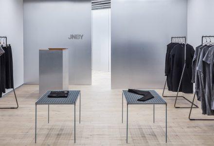 立陶宛·JNBY品牌服装店设计