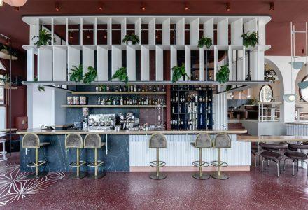 希腊·Lofos艺术酒吧设计
