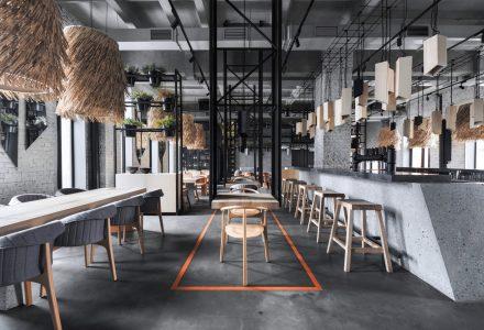 圣彼得堡·Lodbrok工业风餐厅设计
