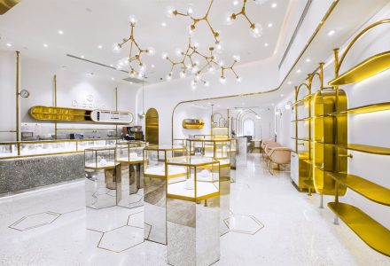 上海·贝瑞博士(Dr.Bravura)燕窝饮品店 / 堂晤设计