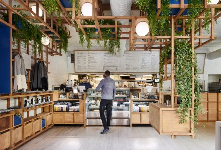 纽约·Village Den咖啡轻食餐厅