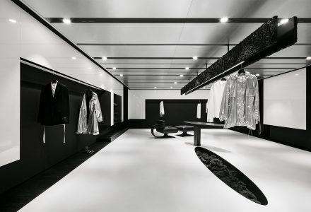 首尔·Juun.J时装品牌旗舰店设计