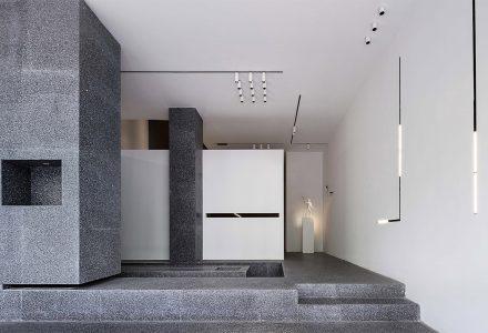 """无锡·""""光和作用""""灯光研究工作室 / 精成空间"""
