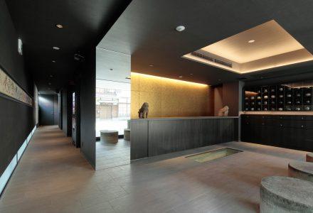 """日本京都·""""黑色忍者""""主题酒店设计"""
