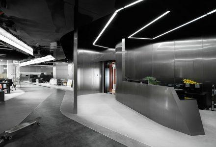 深圳ROARINGWILD国潮服装品牌工作室