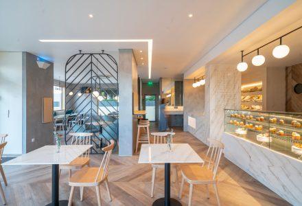 葡萄牙·Estrela Doce咖啡面包店设计