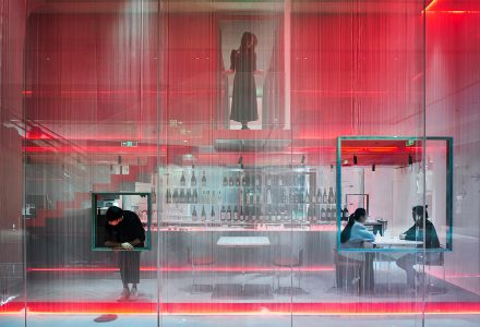 """深圳·""""客从何处来""""甜品餐厅 / 水相设计"""