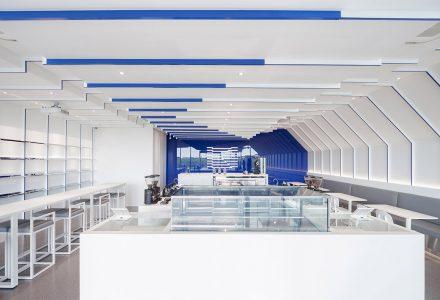 曼谷·Kaizen Skylane品牌咖啡厅设计