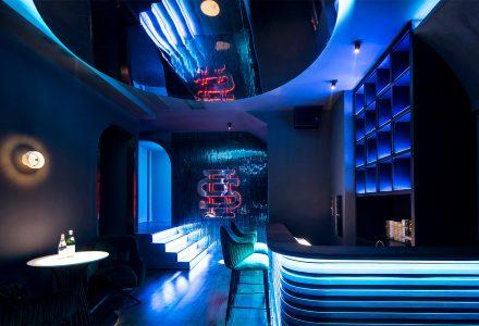 杭州·NOISY BANK噪音银行酒吧 / 线状建筑