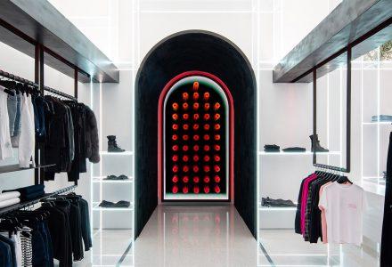 拉斯维加斯·时尚品牌Road to Awe专卖店