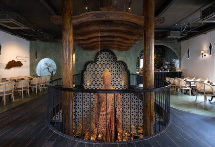 越南·会安古镇建筑特色的Sadhu主题餐厅