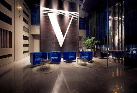 杭州·西湖边的V+Lounge高端酒吧会所