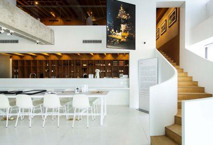 """北京·""""今后也请""""(日料+咖啡+展览)艺术餐饮空间"""