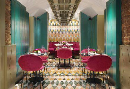 伦敦·科文特花园VyTA酒吧餐厅设计