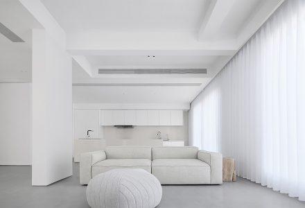 """南京""""织壳""""极简主义别墅设计 / 尔我空间"""