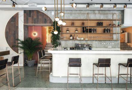 俄罗斯圣彼得堡·Kyrorty休闲主题餐厅设计