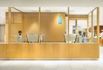 "东京·""Blue Bottle Coffee""蓝瓶咖啡(NeWoman店)"