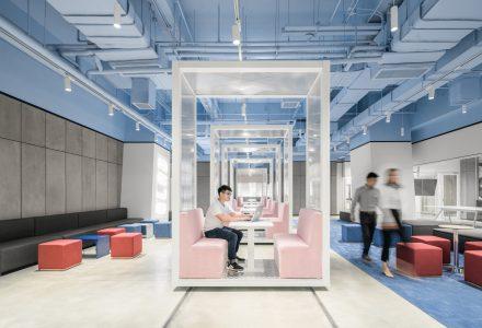 成都·SOHO 3Q联合办公空间 / 叠术建筑
