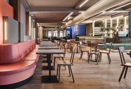 """荷兰海牙·""""Foodhallen美食广场""""酒吧餐厅"""