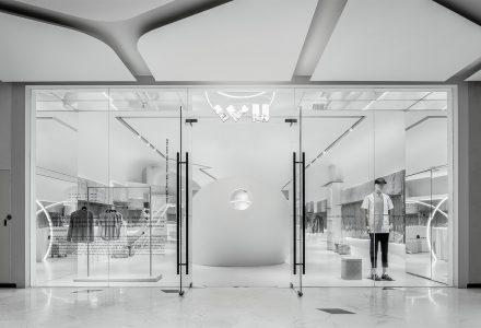 """北京·""""之物WU""""品牌男装店设计 / CUN寸 DESIGN"""