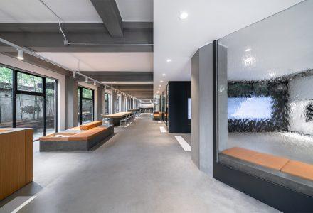 上海·街头潮流品牌HIPANDA办公室设计