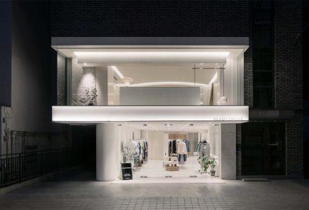 首尔·Ready2Wear服装店设计 / LABOTORY