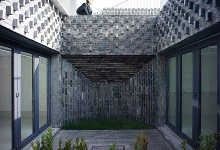 北京·西文昌胡同院宅重建项目 / 亼建筑