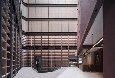 """上海·""""亚朵S""""主题酒店设计 / BEHIVE致野建筑"""