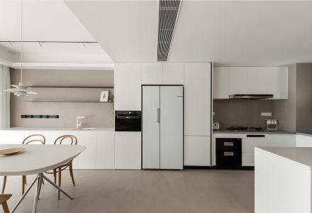 """广州·""""期待的家""""极简主义私宅设计 / 一点设计"""