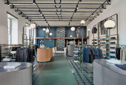 荷兰·COEF品牌服装店 / Carbon Studio&KUUB