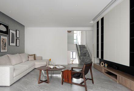 """成都·""""Y形""""极简主义住宅空间设计"""