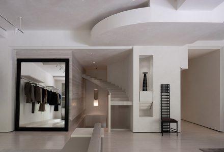 """上海·""""ANEST Collective""""品牌服装店 / 水相设计"""