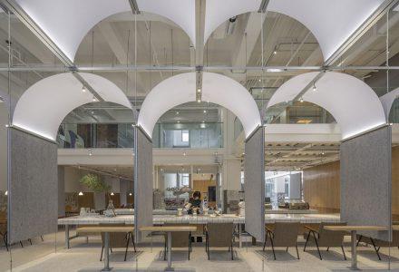 成都·Crimson Coffee咖啡厅设计 / 空间站