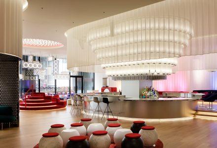 """日本大阪·""""W酒店""""设计 / concrete"""