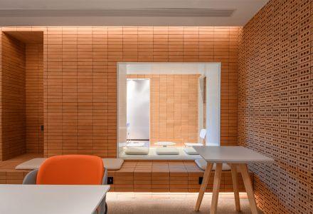 """上海·""""如咖啡""""品牌咖啡店设计 / 彼山"""